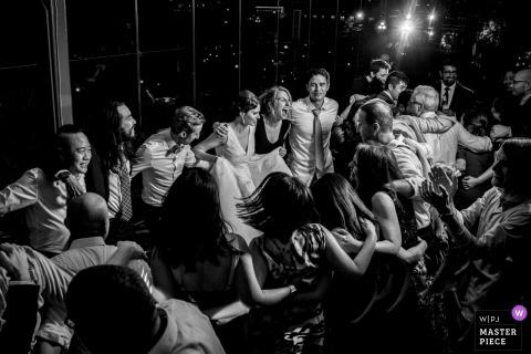 Spy Museum, Washington DC wedding venue photography | The final dance of the wedding
