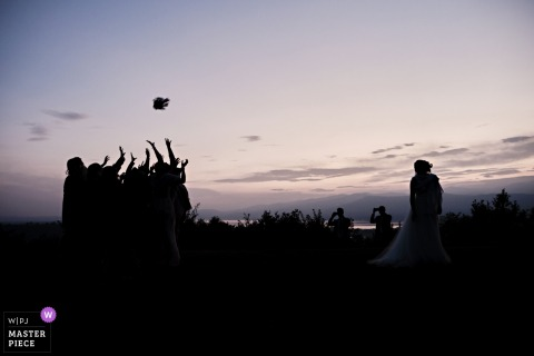 Villa Repui, Besozzo - ITALY - wedding photo of the sunset/silhouette Bouquet throw