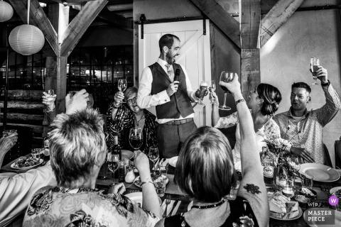 """Foto do local da recepção na Holanda: Momento engraçado """"cheers"""" antes do jantar"""