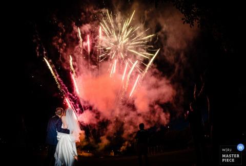 Waldhotel Stuttgart Alemanha Fogos de artifício para o casal nupcial - Fotografia noturna em casamentos.