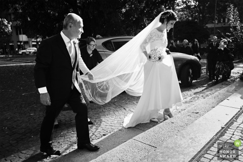 Chiesa san Giovanni Battista alla Creta, Milano - ITALY wedding photo: The Bride arrival