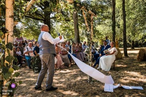 France hors cérémonie à Fontaines en Sologne - Photo du discours du témoin