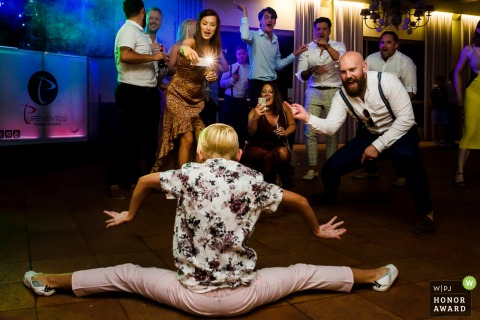 Portugal Dance floor photography | Kid dancing, doing the splits at the wedding reception