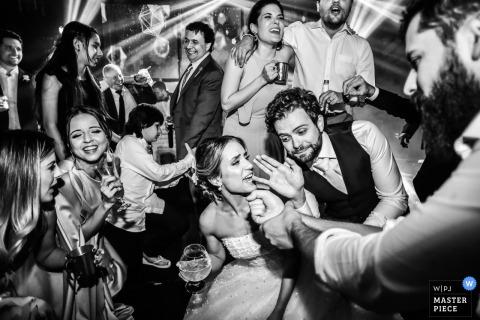 Madero Eventos - Photographie Americana - tout le monde chante au mariage