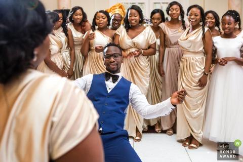 De trouwlocatie Decorium, Londen, VK van de bruidsfeestdans