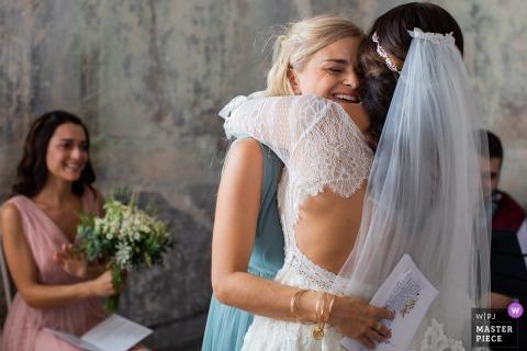 Castelvecchio Vinery - dzień ślubu Włoch Fotografia emocjonalnego momentu