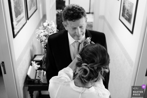 Bride's Home in Trapani, Italy	| Wedding Day Photography | Dad emotions in his eyes