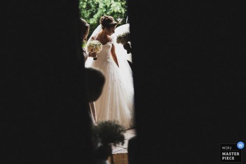 Buckingham Bride Arriving at church | UK wedding reportage photography