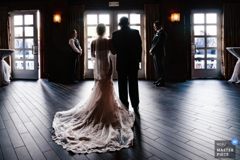 New York City Wedding Ceremony Photography | Bride and her dad wait inside before entering the ceremony