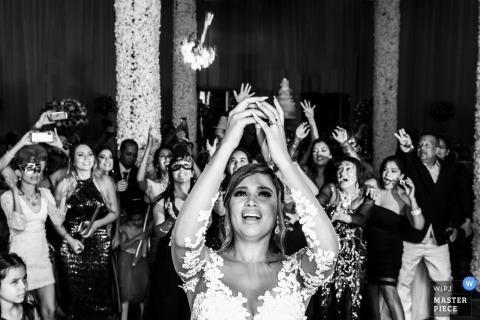 Victor R. Urosa, de Miranda, est photographe de mariage pour -