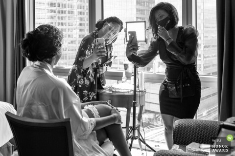 London wedding photo from Marriott Exclusive Apartments, Canary Wharf of the Bride getting ready