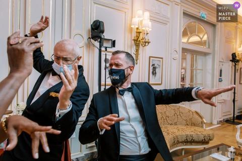 Ritz Paris Hochzeitsort Party Bild während des Abendessens tanzen