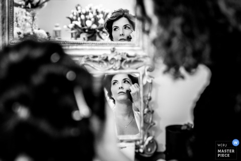 Campania Puglia wedding photo of the bride getting ready in multiple mirrors