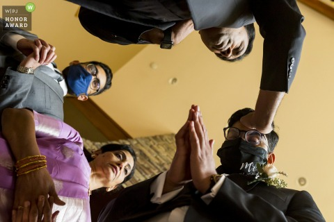 WA wedding photography from a low angle at a washington getting ready