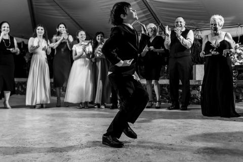 Alexis Rodriguez Montalvo, de , est un photographe de mariage pour