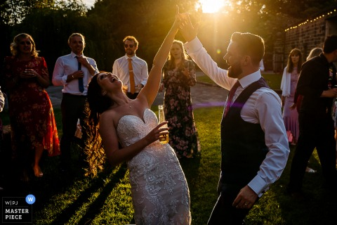 Best wedding reportage photography from East Rildesten showing a pic ofthe outdoor First Dance