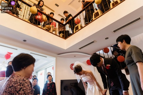 Zhejiang nuptial day award-winning image of the moment of Respect to parents