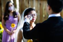 来自加利福尼亚州的克里斯·舒姆(Chris Shum)是一名婚礼摄影师