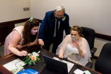 Lauren Lindley, de California, es una fotógrafa de bodas para