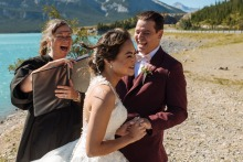Dorota Karpowicz, van Alberta, is een trouwfotograaf voor