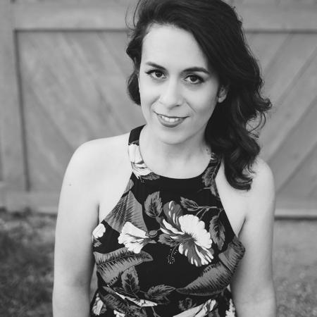 I AM SARAH V Photography - Wedding and Couple Engagement Images
