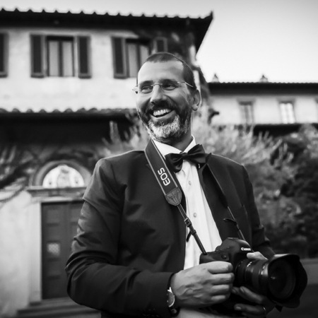 Marco Fantauzzo is a wedding photographer in Tuscany, Italy.