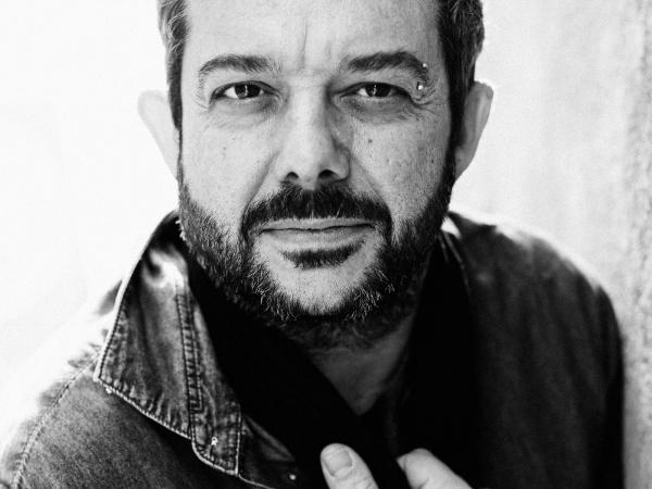 Portrait de Laurent Piccolillo, huwelijksfotograaf voor Frankrijk en Occitanie