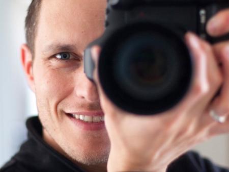 Laurent Toudic es un fotógrafo de bodas francés en Lannion.