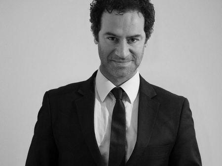 Giuliano Bausano is een huwelijksfotograaf gevestigd in Italië, Lazio en Rome