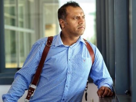 Rohit Gautam è un fotografo di matrimoni reportage con sede a Londra
