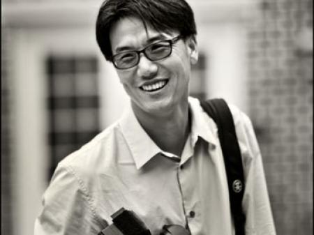 Portrait de Daniel Min, photographe de mariage à Williamsburg