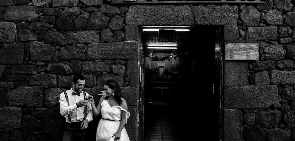 Pico Island, Azores, Portugal Elopement pictures of the bride and groom by  Pedro Vilela