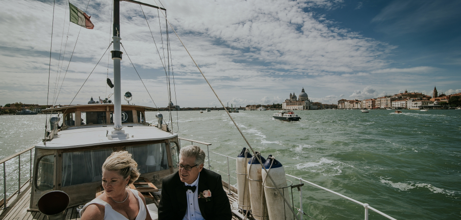 Italy yacht Elopement Photography by Valeria Berti