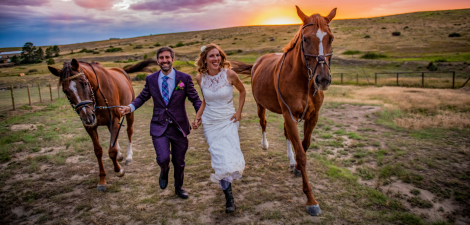 Parker, Colorado Horse barn wedding images by: Kathleen Ricker