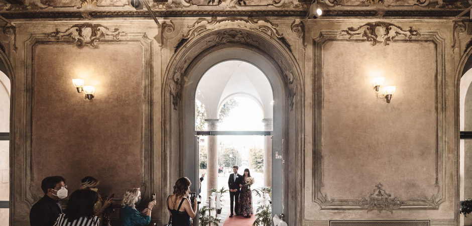 Villa Litta Modignani wedding image of the ceremony entrance - Photo by Michela Bocciarelli