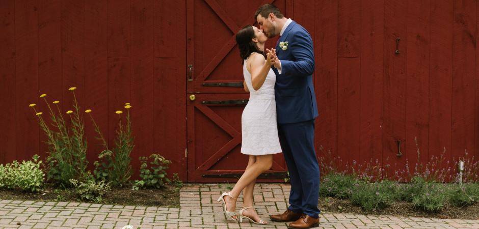 Elopement wedding portrait from Loudonville, New York - Photo by Danielle Gardner