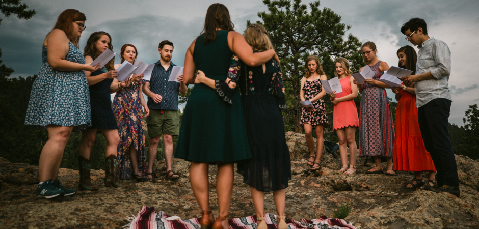 Outdoor wedding ceremony image from a Staunton State Park Colorado elopement event - Photo by Matt Wilson
