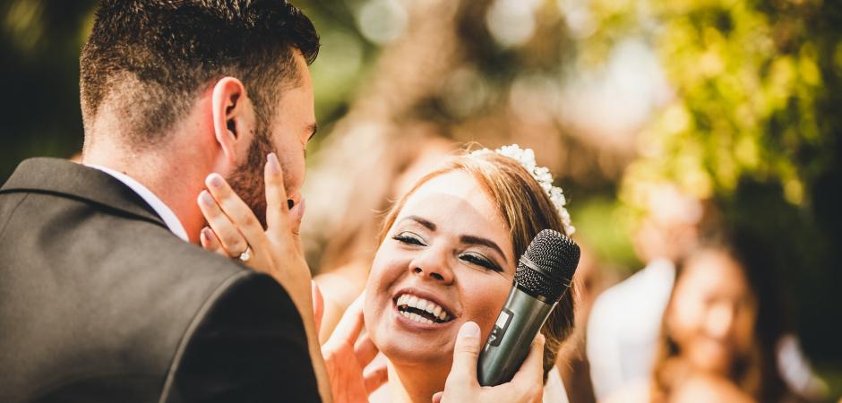 Image de mariage d'un Elopement de campagne en plein air - Photographie par Carlo Bettuolo