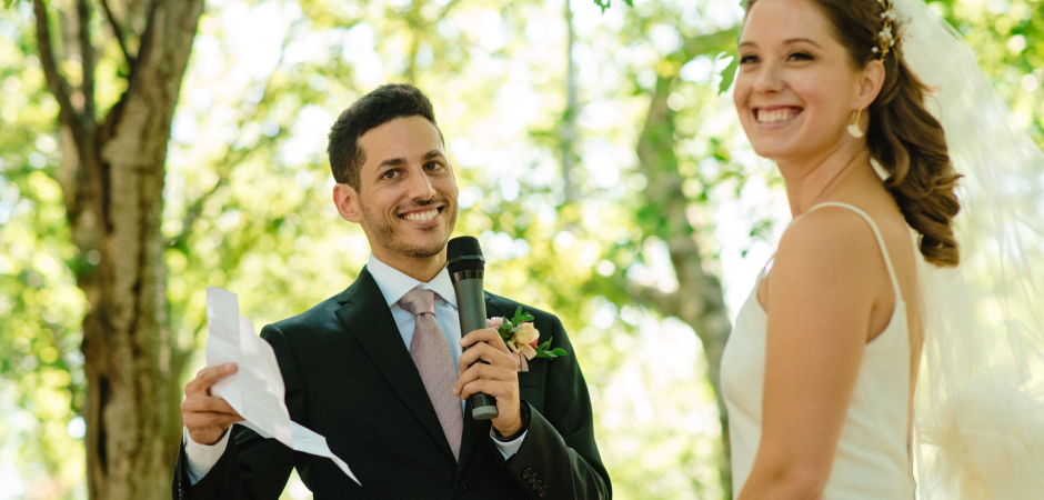Immagine del matrimonio di boschi da un all'aperto di Montreal, Quebec Wooded Park Elopement - Foto di Esther Gibbons
