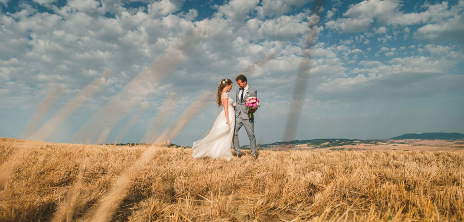 Tuscany, Italy Elopement Photography - Elopement Couple Portrait by Alessia Bruchi