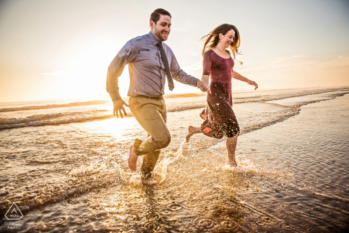 Wedding photographer in Baltimore for Maryland engagement photography sessions at the beach