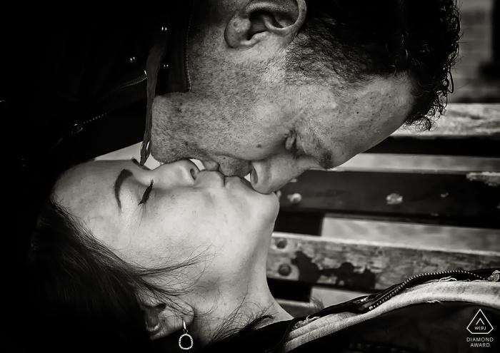 La Spezia Engagement Photographer | Black and White Kissing Portrait