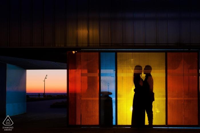 Photographie d'engagement d'Andalousie   Portraits de silhouette pendant la séance de pré-mariage