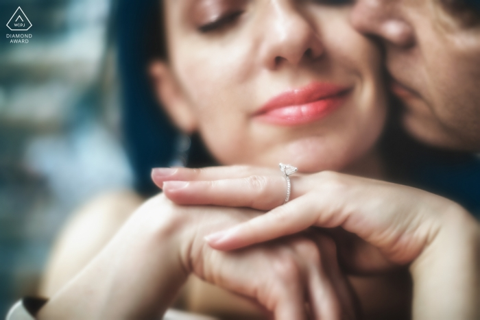 Ring details with tight faces | wedding engagement portrait of a couple | Venice pre-wedding pictures