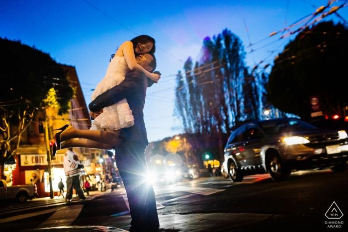 Photographe de mariage rues urbaines de San Francisco   Photographie de séance d'engagement de Californie