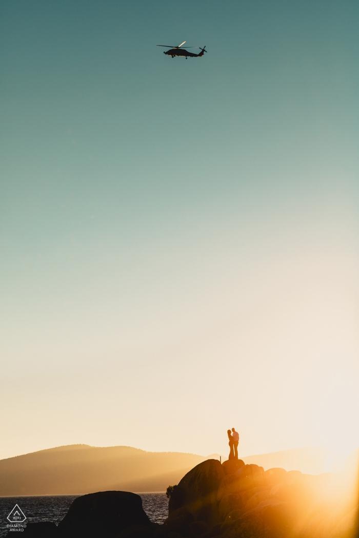 Tiburon-Hochzeits-Fotografie von engagierten Paaren mit dem Hubschrauber obenliegend