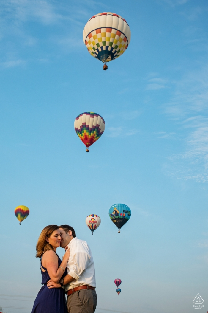 Baltimore wedding photographer   Maryland engagement photography with a couple and hot air balloons