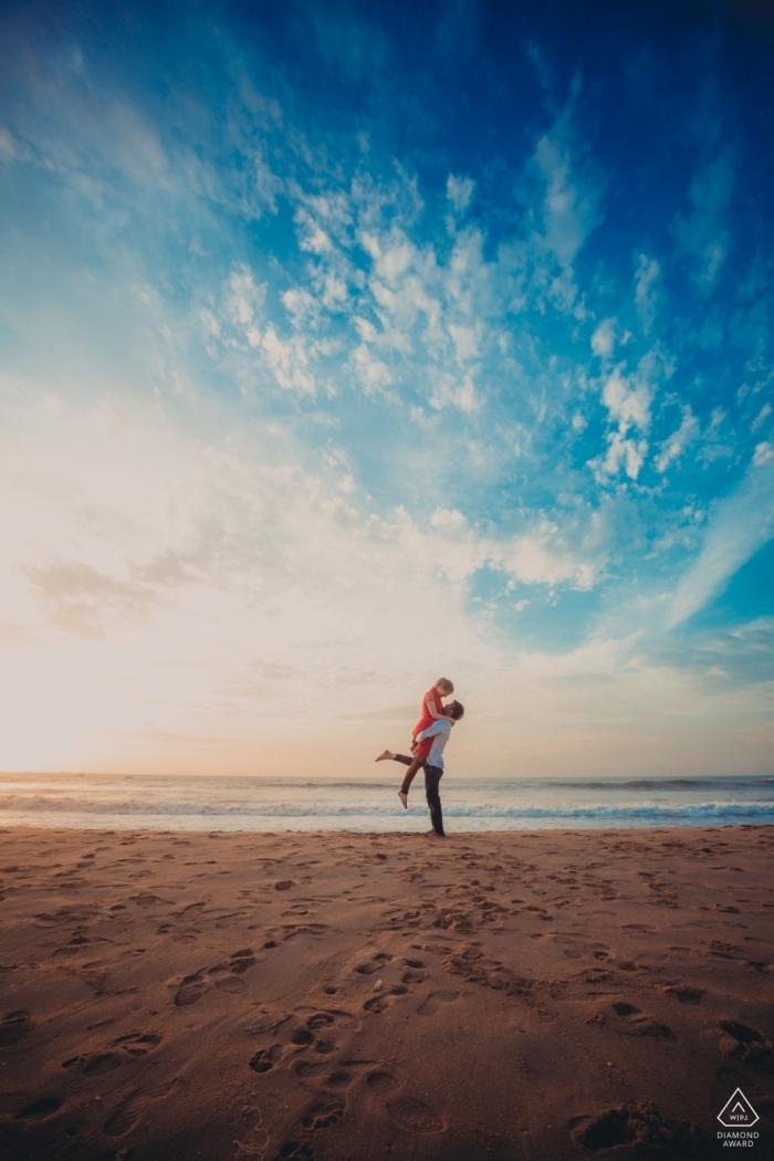 Une histoire d'amour indo-allemande sur la plage - Photos de fiançailles