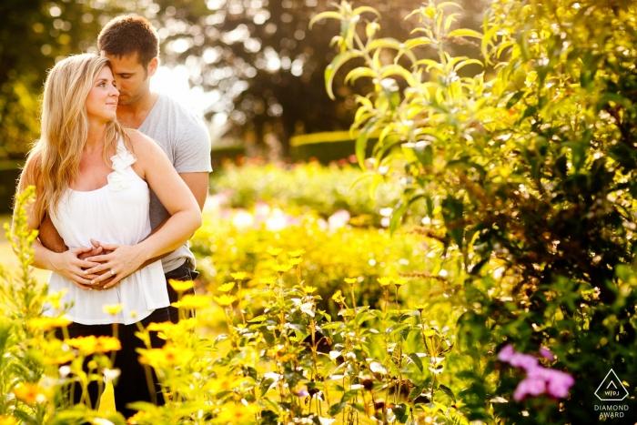 Retrato de pareja en el parque - Fotos de compromiso de Rhode Island