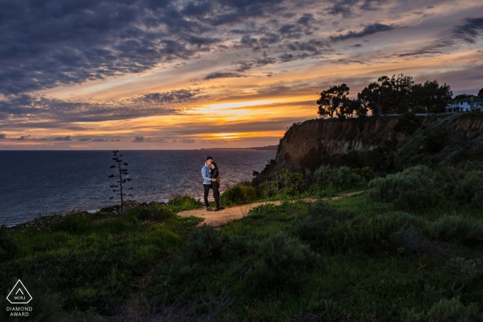 CA Engagement Photos - Sunset and couple at the beach